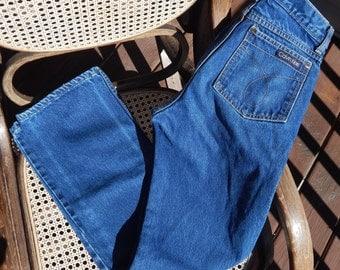 Vintage Calvin Klein 90s, Dark Wash, Mom Jeans, 24 waist