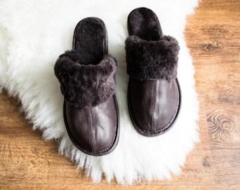 SHEEPSKIN slippers LEATHER slippers Fur slippers shearling shoes  Women moccasins sheepskin boots  fur boots valenki moccasin boots shoes