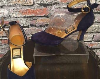 Vintage 1980's Nina Navy Blue Suede Platform  Ankle Strap Shoes     Size 6 Medium