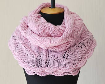 knit infinity scarf, gift-for-her birthday,pink scarf,knit scarf,bridal scarf,winter wedding wrap,chunky scarf,womens scarves,chunky knit