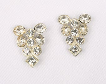 """1930's Pot Metal and Paste Crystal Triangular Pin Set, MINT Condition!, 1-1/4"""" H x 1"""" W, """"C"""" Clasp."""