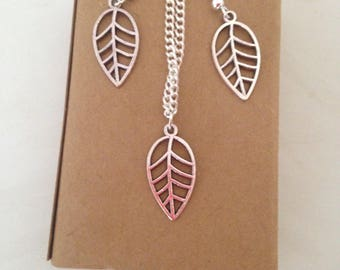Leaf Jewellery Gift Set, Boxed Jewellery Set, Leaf Charm Nacklace, Leaf Drop Earrings, Nature Themed Accessories, Autumnal Fashion