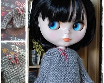 Blythe Doll Outfit / Pullover / Blythe Clothes / OOAK Blythe