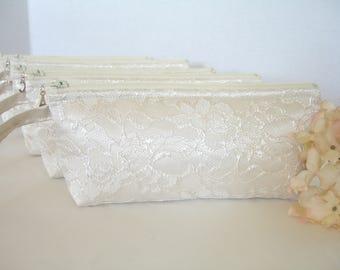 Set of 6 - Ivory Satin Clutch- Ivory Lace Clutch - Ivory Wedding Clutch - Ivory Wristlet - Ivory Bridesmaid Clutch - Ivory Bridal Clutch