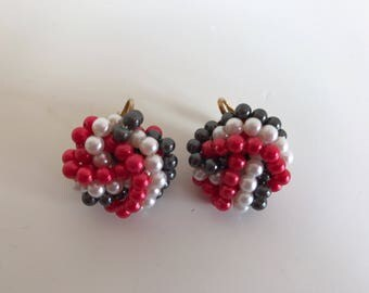Vintage classic earrings