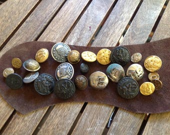 24 Mixed Vintage USA and European Military Buttons