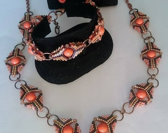 Complete made with swarovski pearls, coral