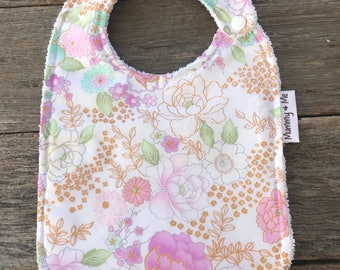 Baby's Breath / Bandana Bibs / Baby Bibs / Dribble Bib / Drool Bib / Flower Bib / Floral  Bib / Lilac / Soft / Absorbent / Pretty