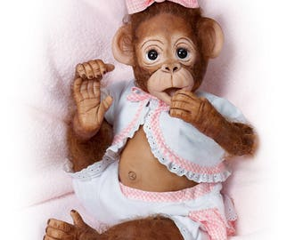 Ashton Drake - Cute As A Button So Truly Real Poseable Baby Monkey Doll by Cindy Sales