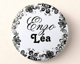 Magnet wedding gift, personalized names of groom, black and white