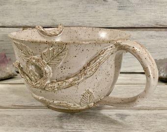 Ivory Vine & Leaves Mug