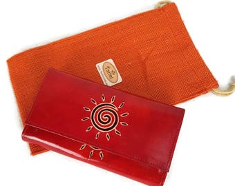 Sundial embossed Leather wallet for Women , credit card wallet cardinal Red leather, Monedero de mujer, valentine gift red wallet