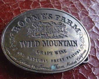 Vintage BoonesFarm wild mountain grape wine belt buckle