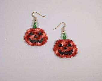 Halloween Pumpkin Earrings, Beaded Pumpkin Jewelry, Off Loom Style Jack O Lantern Earrings, Holiday Theme Jewelry