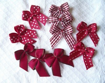 10 bows red white polka dots plain gingham - 29 mm x 35 mm
