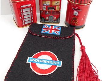 Cell phone case, cover telephone UNDERGROUND, London, black felt pouch, black and Red smartphone wallet, Christmas gift
