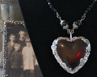 Red heart necklace Victorian Gothic Large heart necklace Valentine jewelry Heart jewelry Glass Jewellery Victorian Grace Bridal jewelry