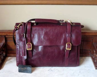 Back To School Sale Giorgio Bernini Briefcase, Attache, Messenger Bag In Beautiful Burgundy Leather With Gold Toned Hardware- VGC