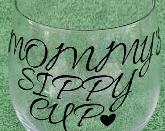 Monogrammed vinyl wine glass beer glass nanas sippy cup mommys sippy cup dads sippy cup