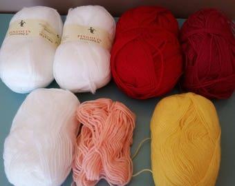 set of balls of wool various colors