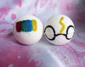 Wizarding Gift Set of Bath Bombs - Little Potter Bomb AND The Sorting Bomb - Essential Oils - Bath Bomb - Aromatherapy - Character Bath Bomb