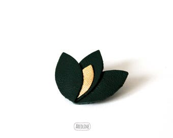 Brooch Lotus leather petals ° ° ° ° green (gold)