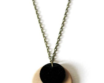 Necklace ° ° ° ° black lacquered leather wood necklace