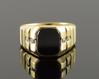 10k 10x9 Black Onyx Diamond Inset Men's Ring Gold