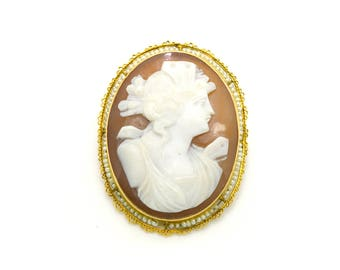 Vintage 10k Yellow Gold Woman Shell Cameo Seed Pearl Pin Brooch - 47 mm by 36 mm