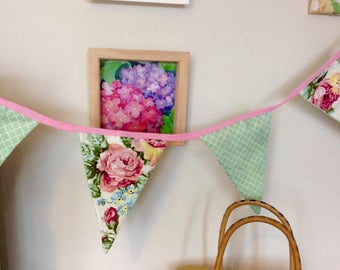 Bunting Roses in pinks and greens