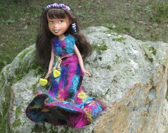 Doll restyled and painted - Ref 15-011