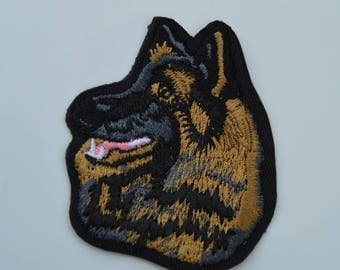 embroidered patch dog