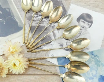 10 teaspoons - golden spoons - French spoons - covered valuable - Parisian apartment - luxury - teaspoons