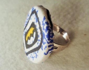 Round ring adjustable cowrie design fabric