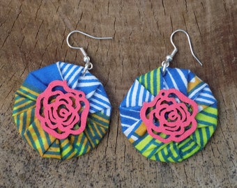 Fabric round earrings with flower