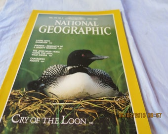 National Geographic Magazine April 1989 Cry of the Loon