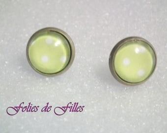"""Peas"" Stud cabochon earrings lime green"
