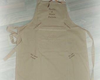 "Embroidered apron ""Recipe from Grandma Patrfaite"" ecru and white lace"