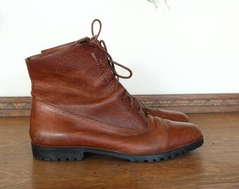 Vintage Leather 1990's Brown // Cognac Ankle Boots // Booties by Westies size 7.5