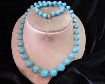 Vintage Long Blue & Black Speckled Graduated Beaded Necklace