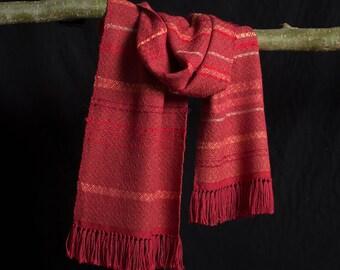 Sjaal, handgeweven. Rood / bruin, meerkleuren. Zijde en babyalpaca.