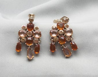 SALE - Vintage MONET Topaz Rhinestone Dangling Clip On Earrings