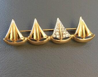 AFJ Rhinestone Sailboat Brooch Pin Gold Tone Vintage Signed Ambras Fine Jewelry Canada Avon Modernist Hat Coat Dress Jewelry Sail Boat Race