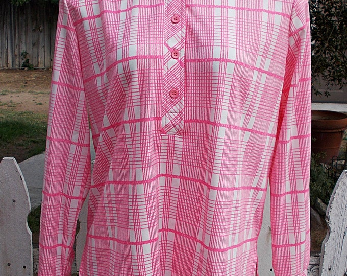 Vintage 70s MOD Alex Colman Sportswear Pink White Plaid Polyester Womens Long Sleeve Pullover Blouse Top