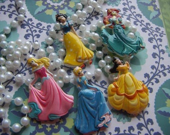 Beautiful Princess Flatback Cabochon Limited Quantities  Hard-To-Find  Cabochon,  DIY Kawaii Deco 5 pcs