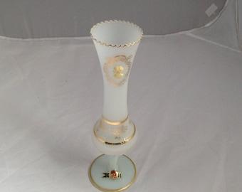 Vintage White Opaline Vase Cameo Vase Italian Opal Glass Vase Milk Gass Vase ( Ref No. A316 )