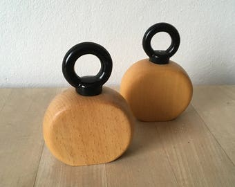Nissen salt & pepper mills – mid-century Danish beech wood salt and pepper mills