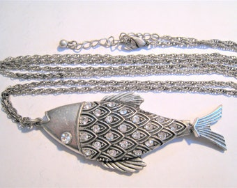 Long Chain Silver Tone Fish Neklace