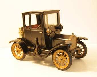 antique Model car, 1917 car with lighter, collectable lighter, 1917 Vintage Ford Coupe, Schuco Germany, Consul Old Timer lighter