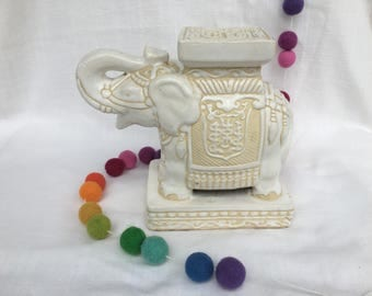 Small White Ivory Elephant Garden Stand